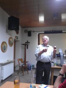 Referent Werner Theissig bei seinem Vortrag